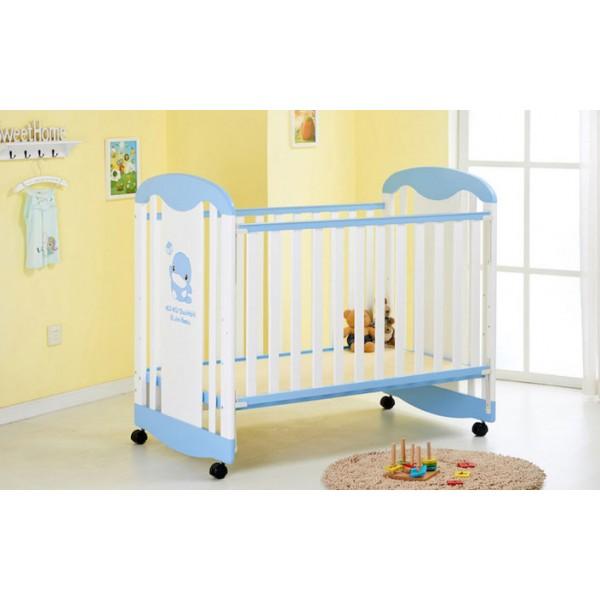 Κούνια μωρού με ξύλινη γαλάζιο