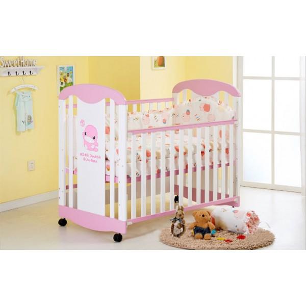 Κούνια μωρού με ξύλινη ροζ